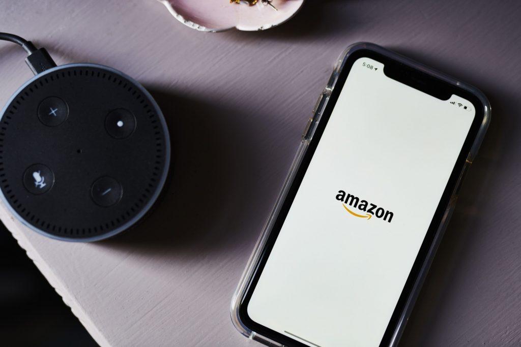 Amazon-Berkshire-JPMorgan Health Venture to Shut Next Month