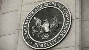 Former SEC Chairman Predicts 'Fair Amount' of Crypto Regulation